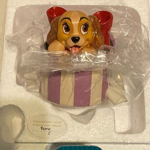 🆕 Disney Lady and the Tramp. Lady out of present